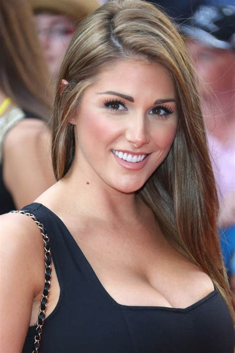 Lucy Pinder Profile